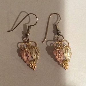 Black Hills Gold Earrings, NWOT